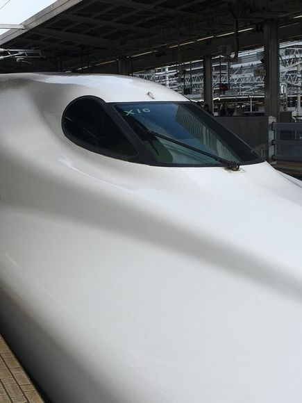 新幹線N700系運転席.JPG